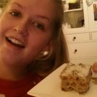 Dadelcake met witte chocola en geraspte kokos