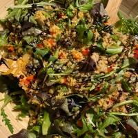 Recept: Maaltijdsalade met Bulgur en Kippendijen